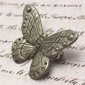 Vintage Jewelry - Vintage Butterfly Pin